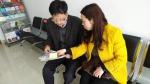 老人的侄女婿和站长刘瑞菊咨询相关事情 - 新浪江苏