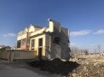 灌云20多幢集中安置房修好半年被拆 官方:不符合规划 - 新浪江苏